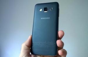 Specificatiile Samsung Galaxy A8
