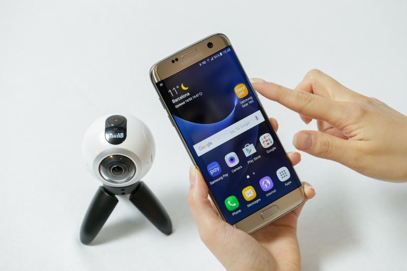 Pretul si disponibilitatea telefoanelor Galaxy S7 in Romania