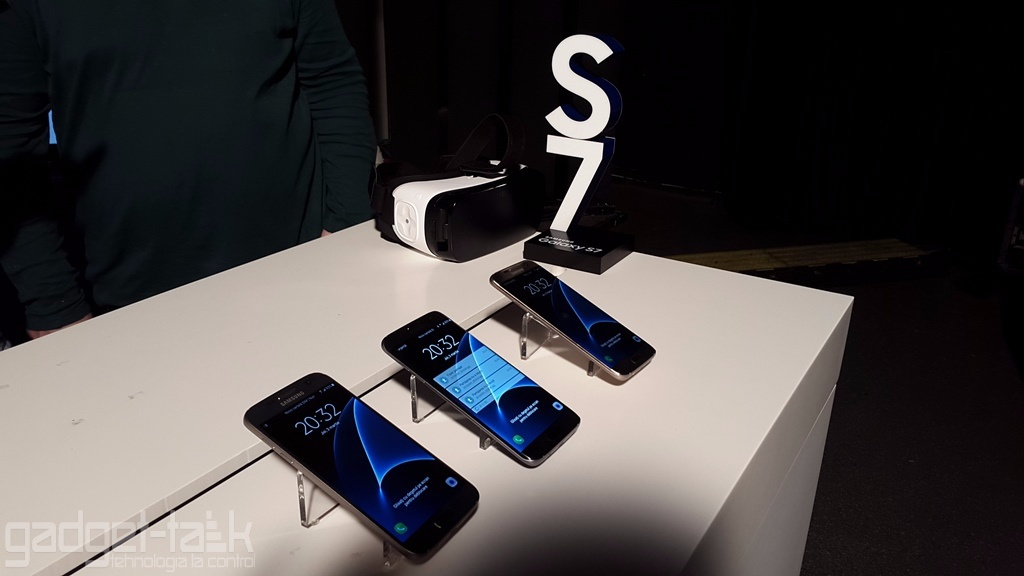 Componentele telefonului Galaxy S7 costa