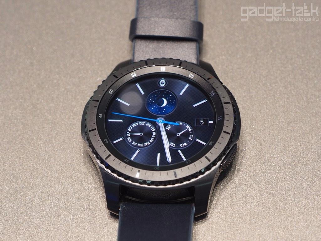 Pretul ceasului Samsung Gear S3