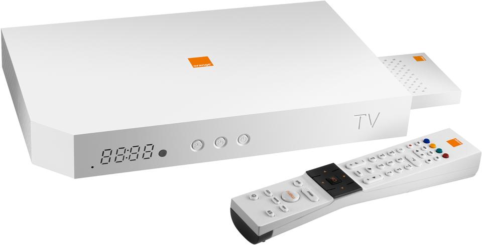 02619238-photo-nouveau-decodeur-tv-d-orange