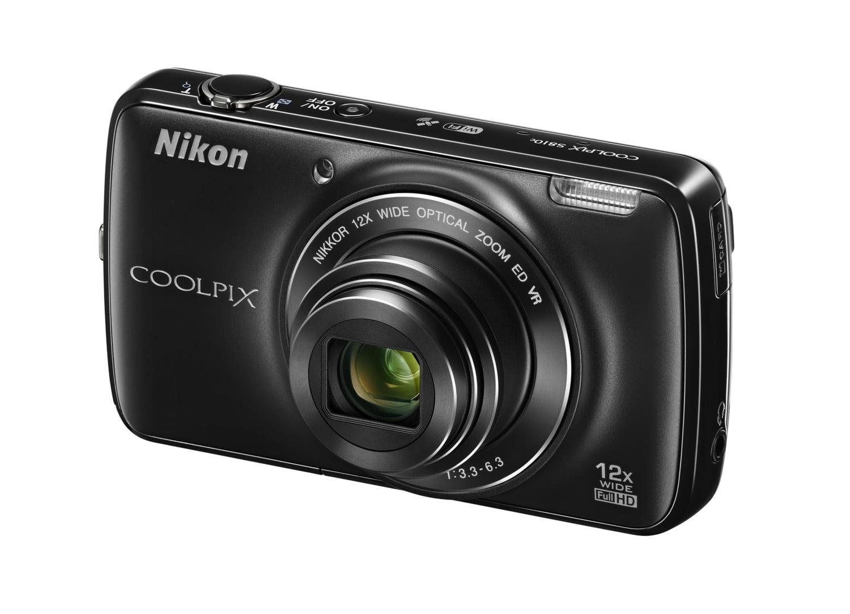 Nikon S810c_fata_unghi