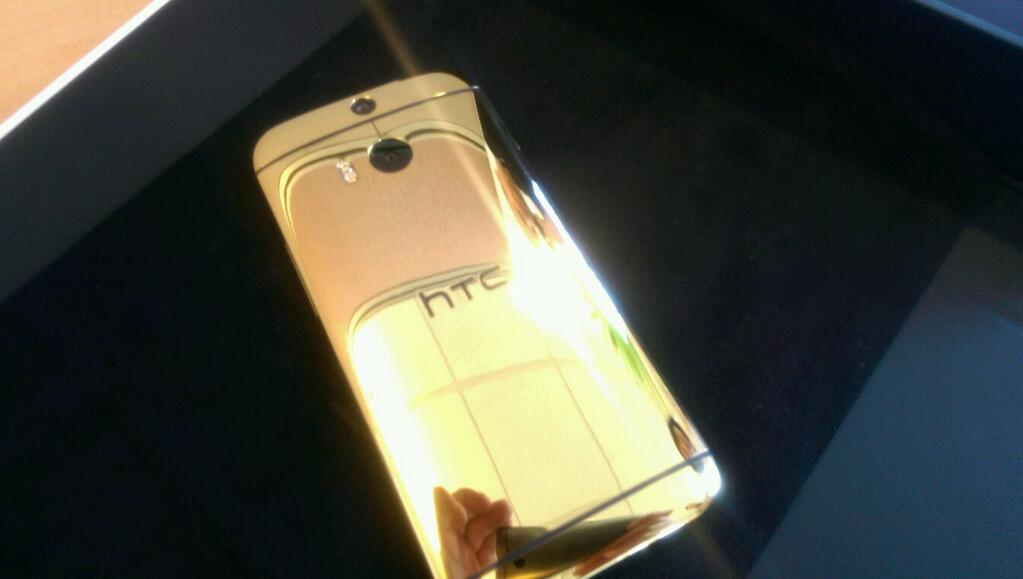 htc-one-m8-gold-plated