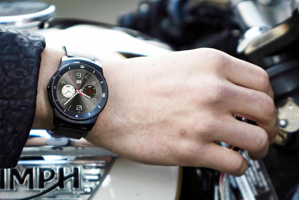 g watch r lg-w110