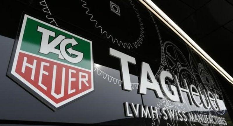 Primul smartwatch TAG Heuer
