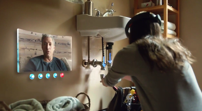Microsoft accepta precomenzi pentru casca HoloLens