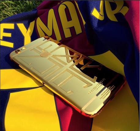 Neymar Jr detine un iPhone 6 unic