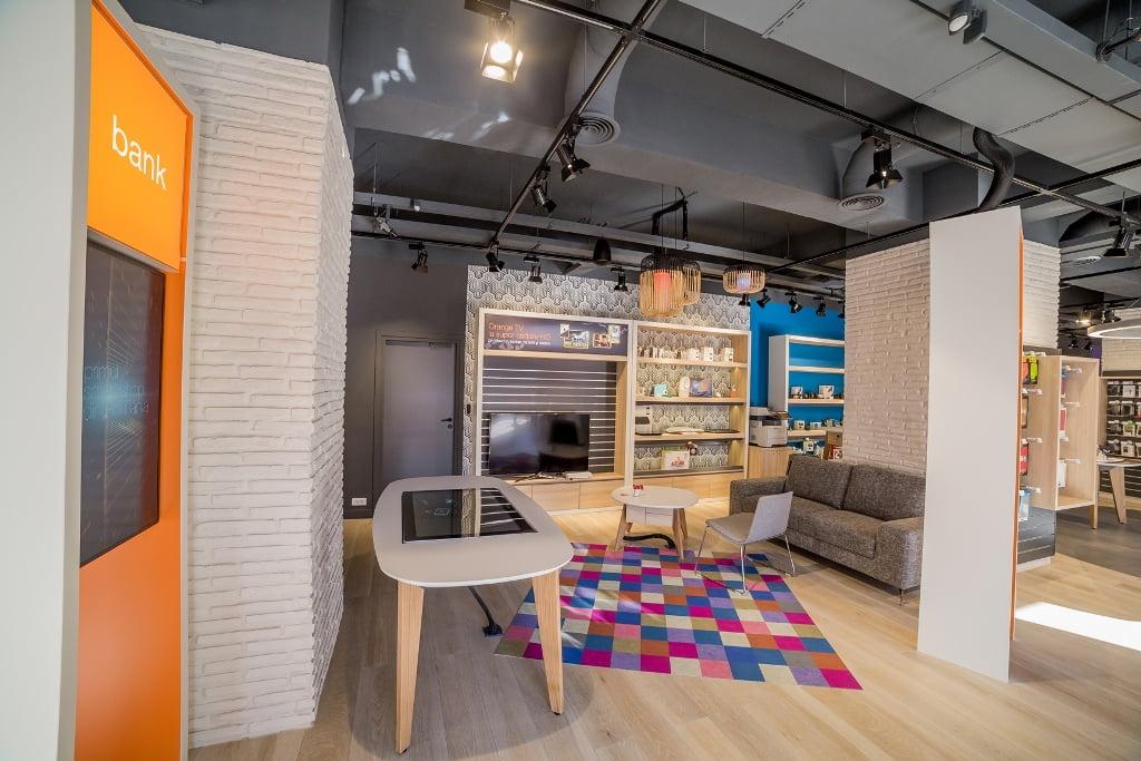 Orange deschide primul smart shop