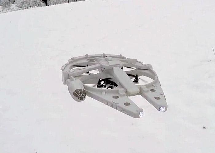dronele X-Wing, Millennium Falcon si jucaria BB-8 din Star Wars