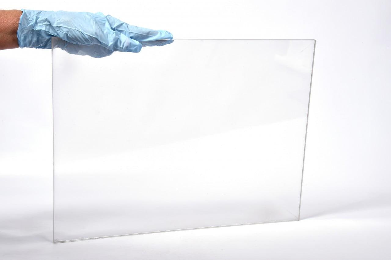 aluminiul transparent