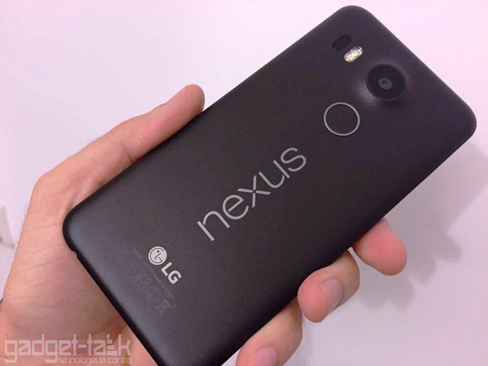 camera telefonului Nexus 5x fotografiaza