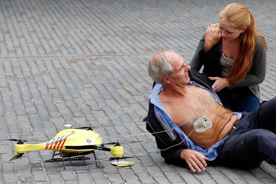 drona-defibrilator