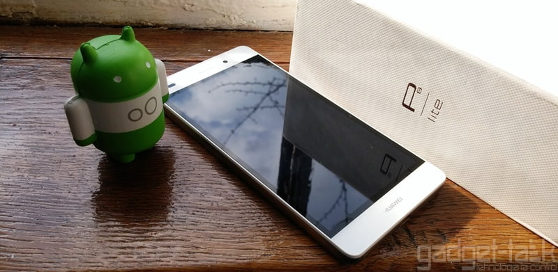 Huawei a vandut peste 10 milioande de telefoane P8 Lite