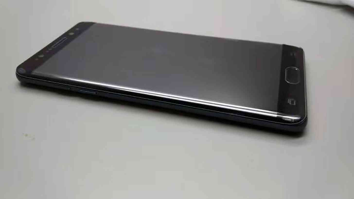 Noi fotografii cu cateva prototipuri Galaxy Note 7