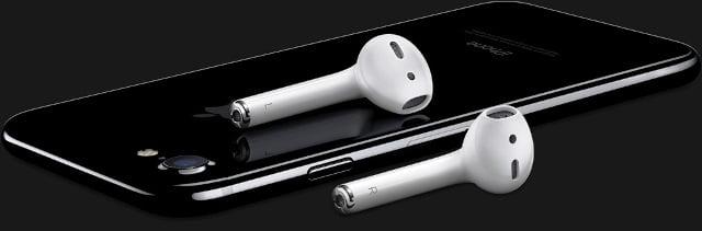Peste 90% din accesoriile Apple
