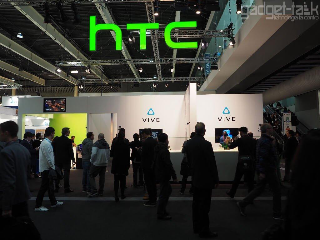 HTC vinde fabrica de telefoane
