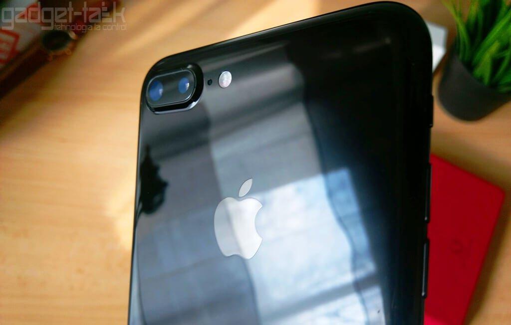 iPhone 8 cu Touch ID