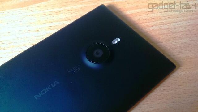 Viitoarele telefoane Nokia vor avea lentile Carl Zeiss
