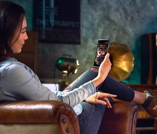 LG anunta telefonul Q8